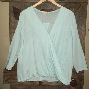 Very nice! American Eagle Outfitters blouse. Sz XL